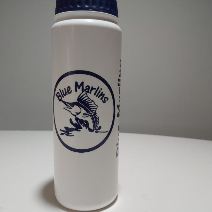 A fantastic 750ml finger grip sports bottles produced for SLB Blue Marlins. Perfect for using on pool side with a soft valve to easily take a drink without spillage when required.